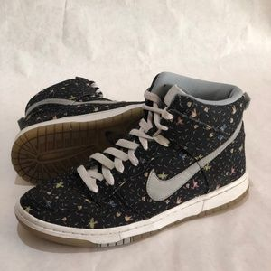 Nike Dunk Hi Skinny Swallow Feather Sneakers